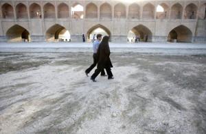 il fiume Zayandeh Rud a secco, Isfahan